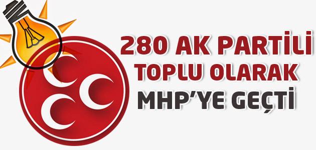 Ak Partililer toplu olarak MHP saflarına katıldı